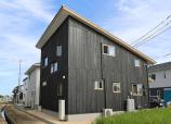 応接土間と薪ストーブの暮らしの家